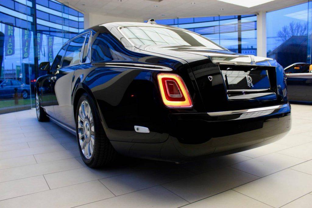 Porsche 911 Gt3 Rs >> 新型 ロールスロイス ファントム 新車即納車 1台確保!! Rolls-Royce Phantom | フェラーリ ...