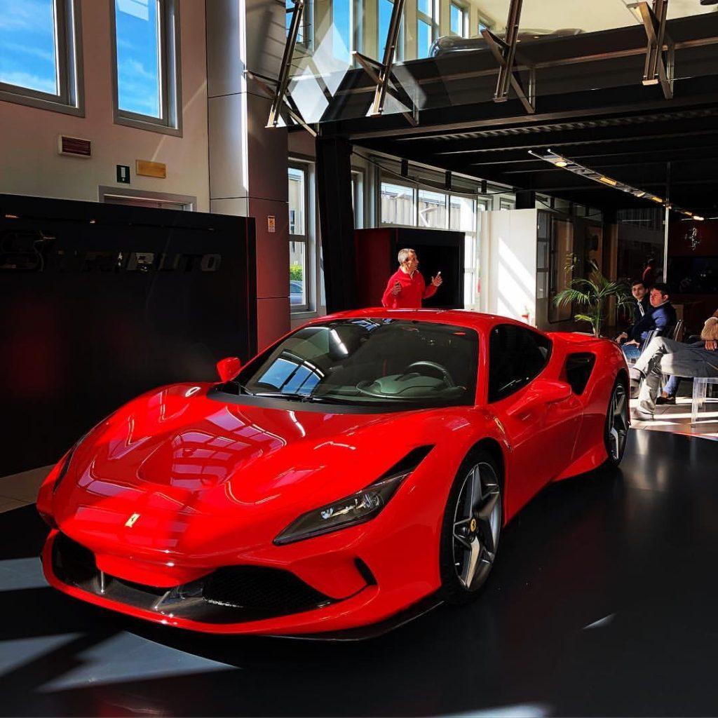 Ferrari F8 Spider Pics: 新型 フェラーリ F8 トリブート 年内ファーストロッド生産枠 お問い合わせ殺到中 大人気 本気でお探しのお客様必見